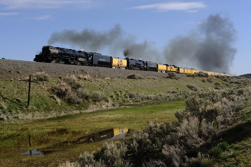 UP 4014 & UP 844 Racing West – Richardson Draw, WY – Fujifilm X-T20